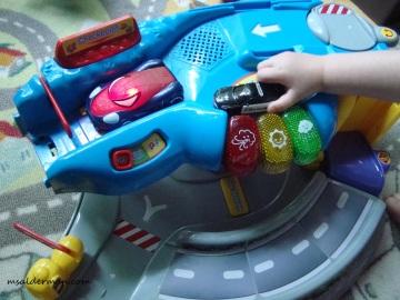 toy car STEM